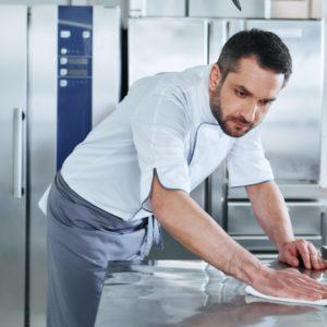 O guia para uma higienização de maquinário perfeita