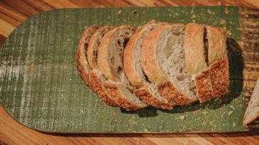 Pão de fermentação natural: alimento e arte